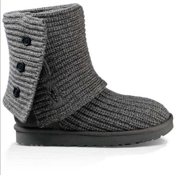 9e7c15c2f4b UGG Women's Classic Cardy Boots Size 7
